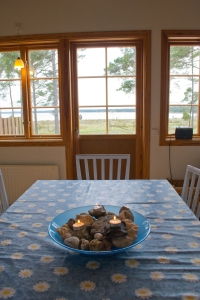 bunge bay summer table